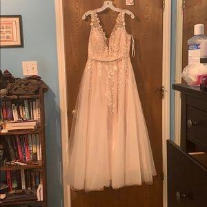 Light pink/Champagne Prom dress